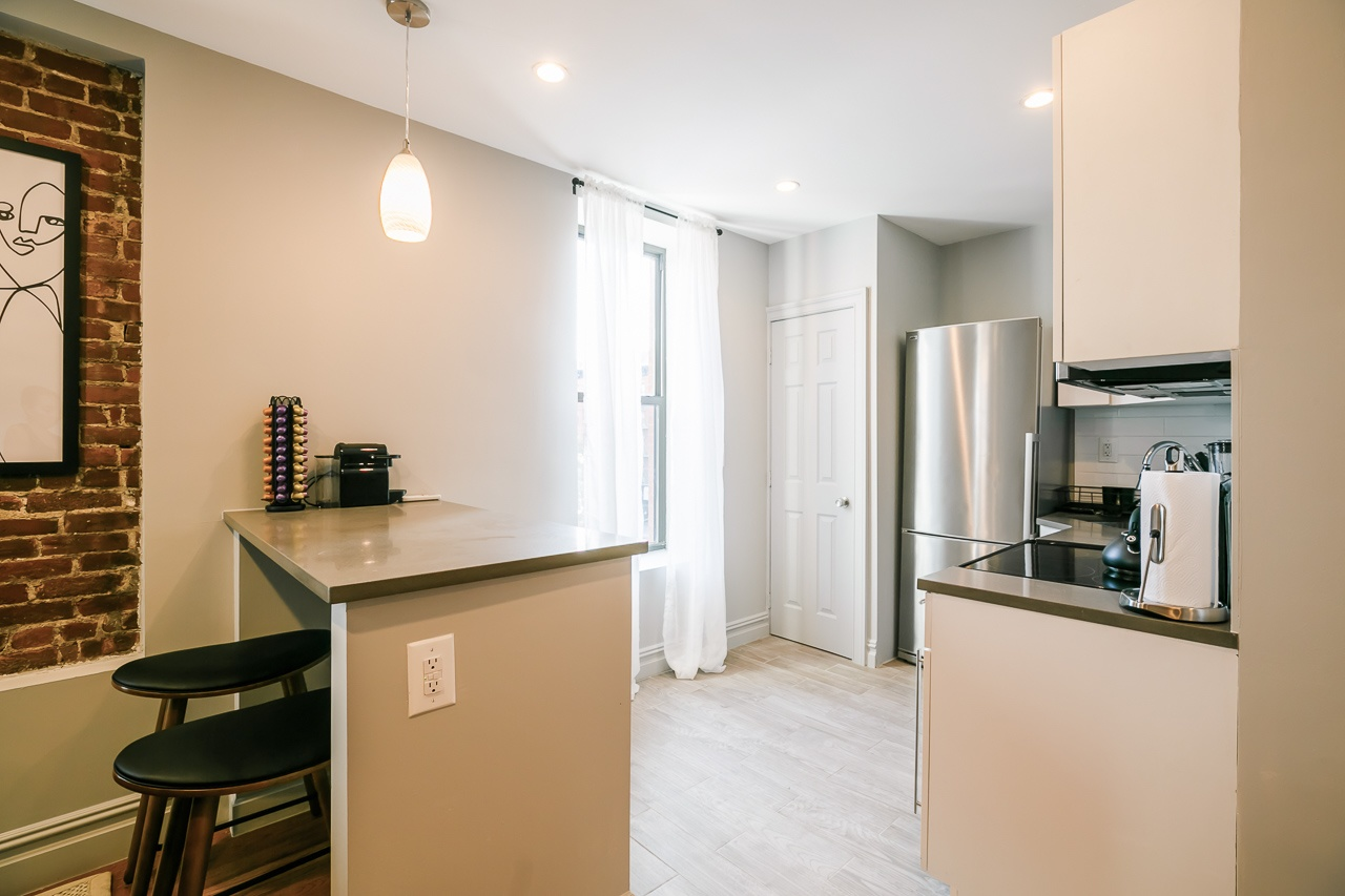 image 9 Furnished room to rent in Upper West Side, Manhattan 3 bedroom Apartment