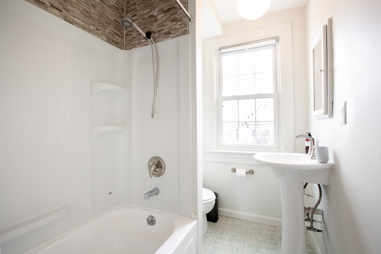 image 9 Furnished room to rent in Bloomingdale, DC Metro 5 bedroom Apartment
