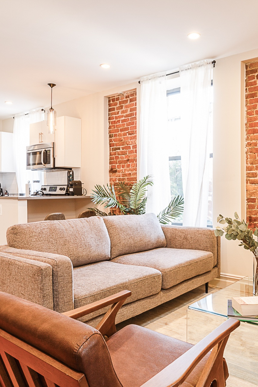 image 5 Furnished room to rent in Upper West Side, Manhattan 3 bedroom Apartment