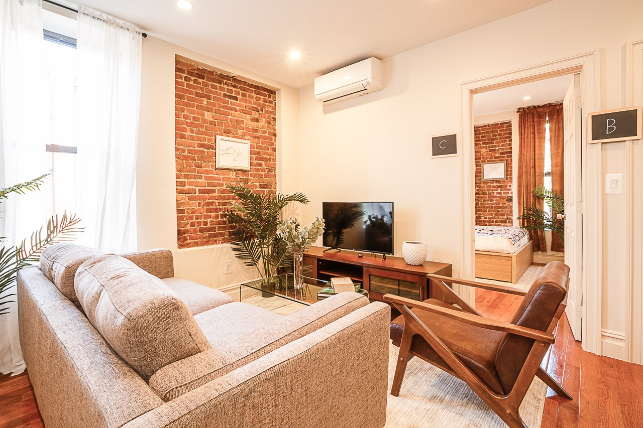 image 8 Furnished room to rent in Upper West Side, Manhattan 3 bedroom Apartment