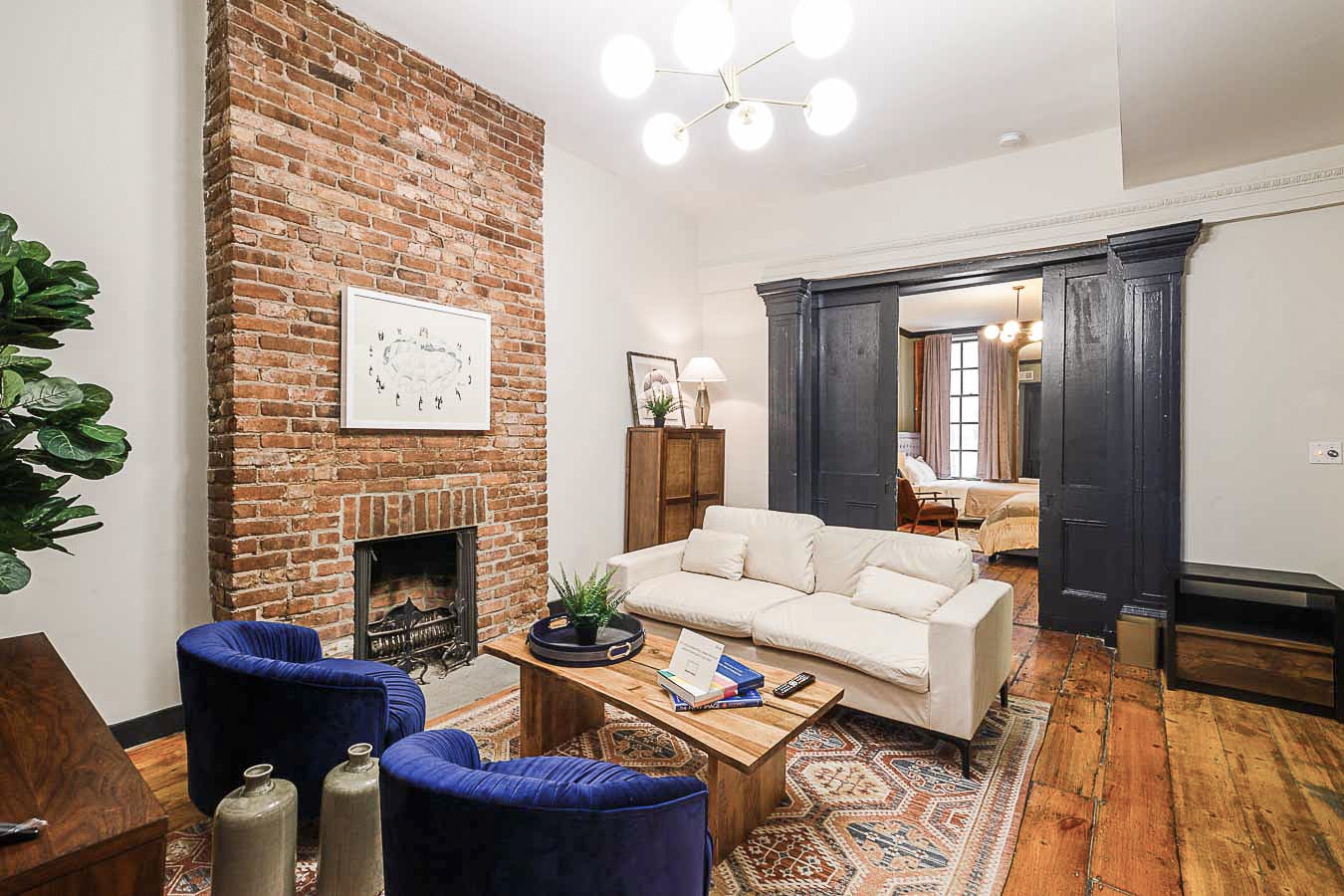 image 9 Furnished room to rent in Village-West, Manhattan 5 bedroom Apartment