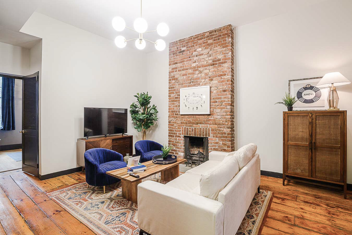 image 5 Furnished room to rent in Village-West, Manhattan 5 bedroom Apartment