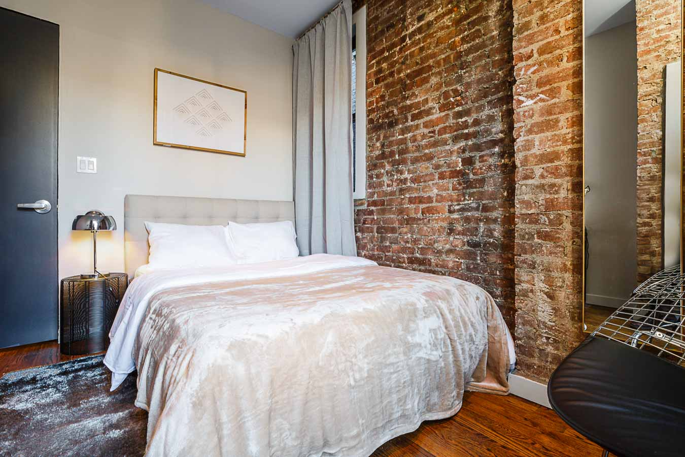 image 10 Furnished room to rent in Upper East Side, Manhattan 4 bedroom Apartment
