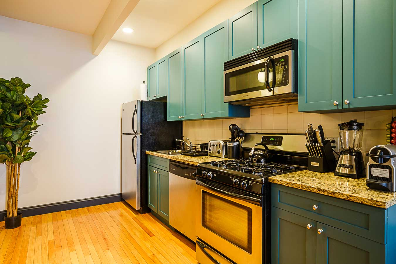 image 7 Furnished room to rent in Hells Kitchen, Manhattan 3 bedroom Apartment