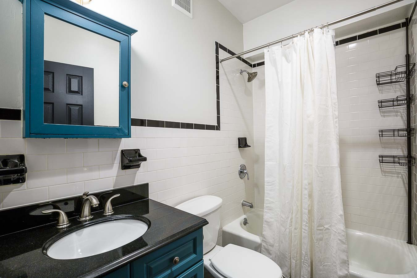 image 10 Furnished room to rent in Hells Kitchen, Manhattan 3 bedroom Apartment