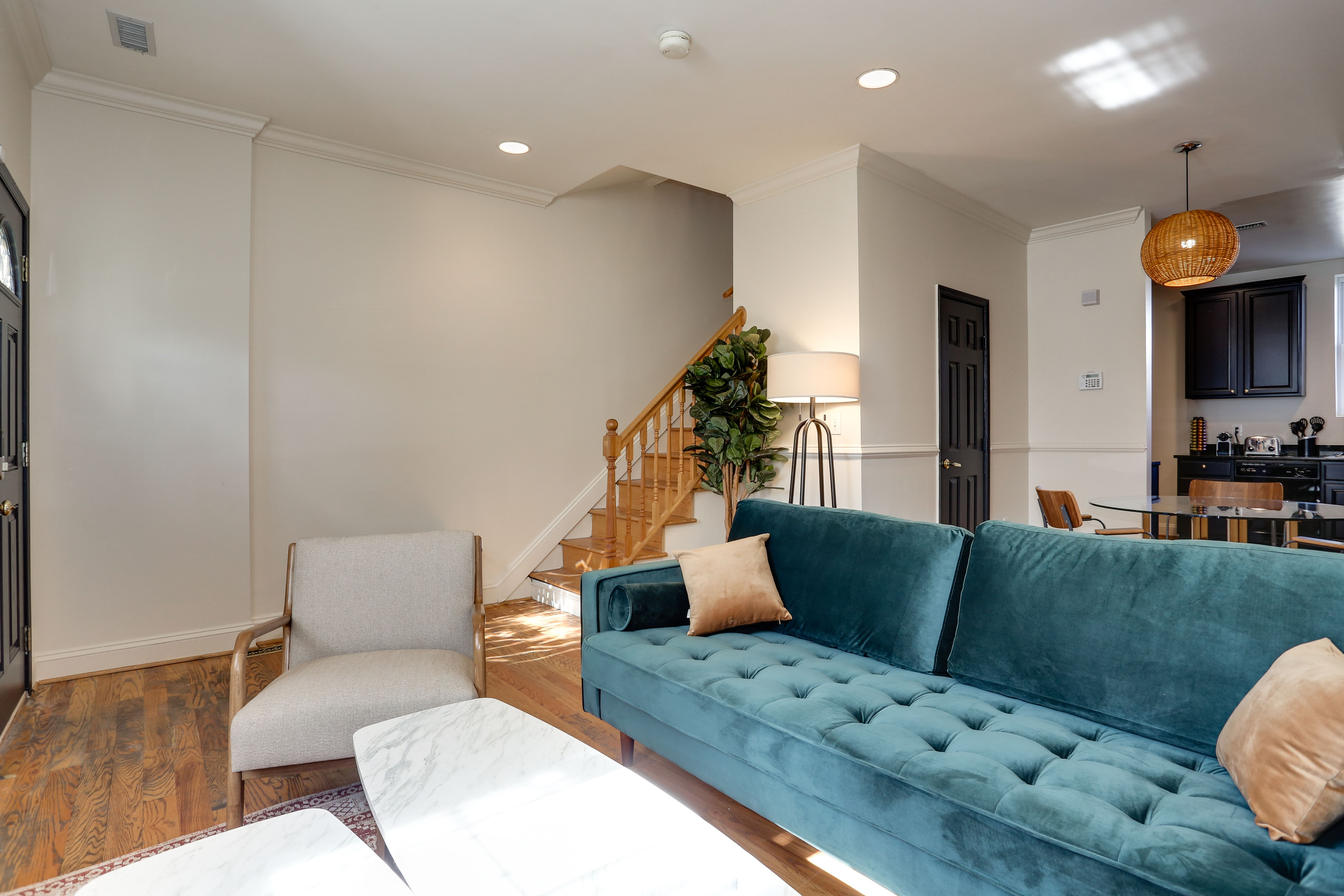 image 9 Furnished room to rent in Bloomingdale, DC Metro 4 bedroom Apartment