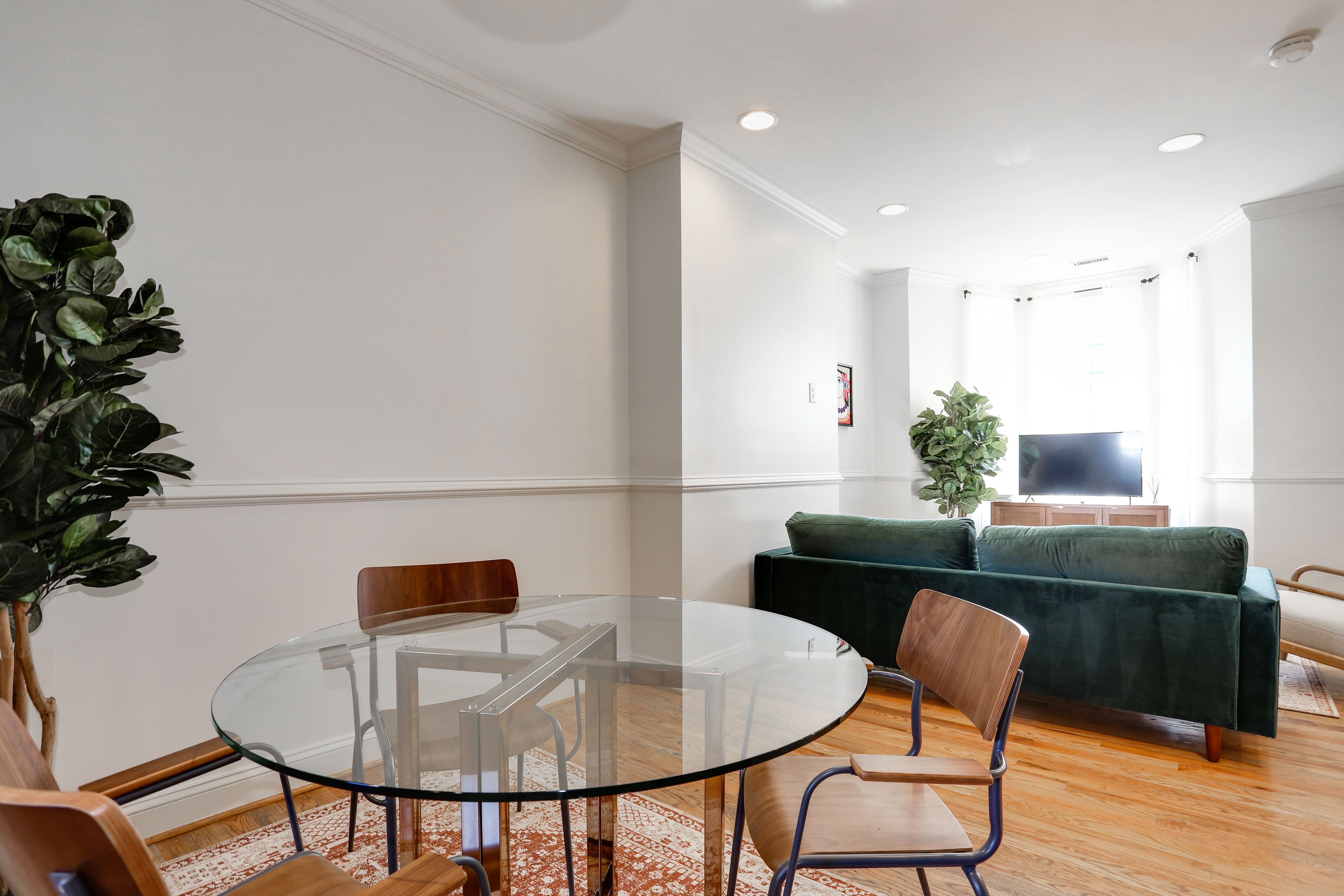 image 10 Furnished room to rent in Bloomingdale, DC Metro 4 bedroom Apartment
