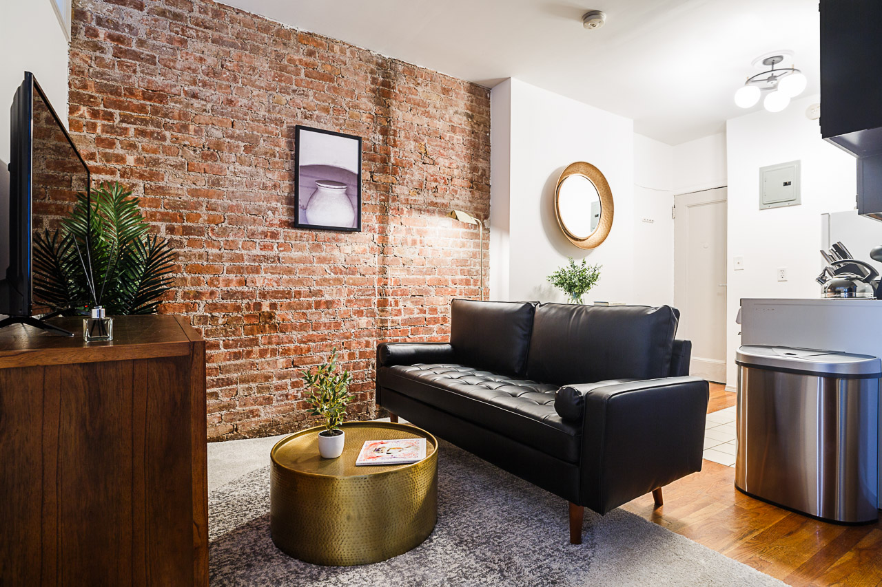 image 4 Furnished room to rent in Village-West, Manhattan 3 bedroom Apartment