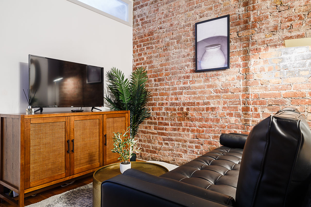 image 6 Furnished room to rent in Village-West, Manhattan 3 bedroom Apartment