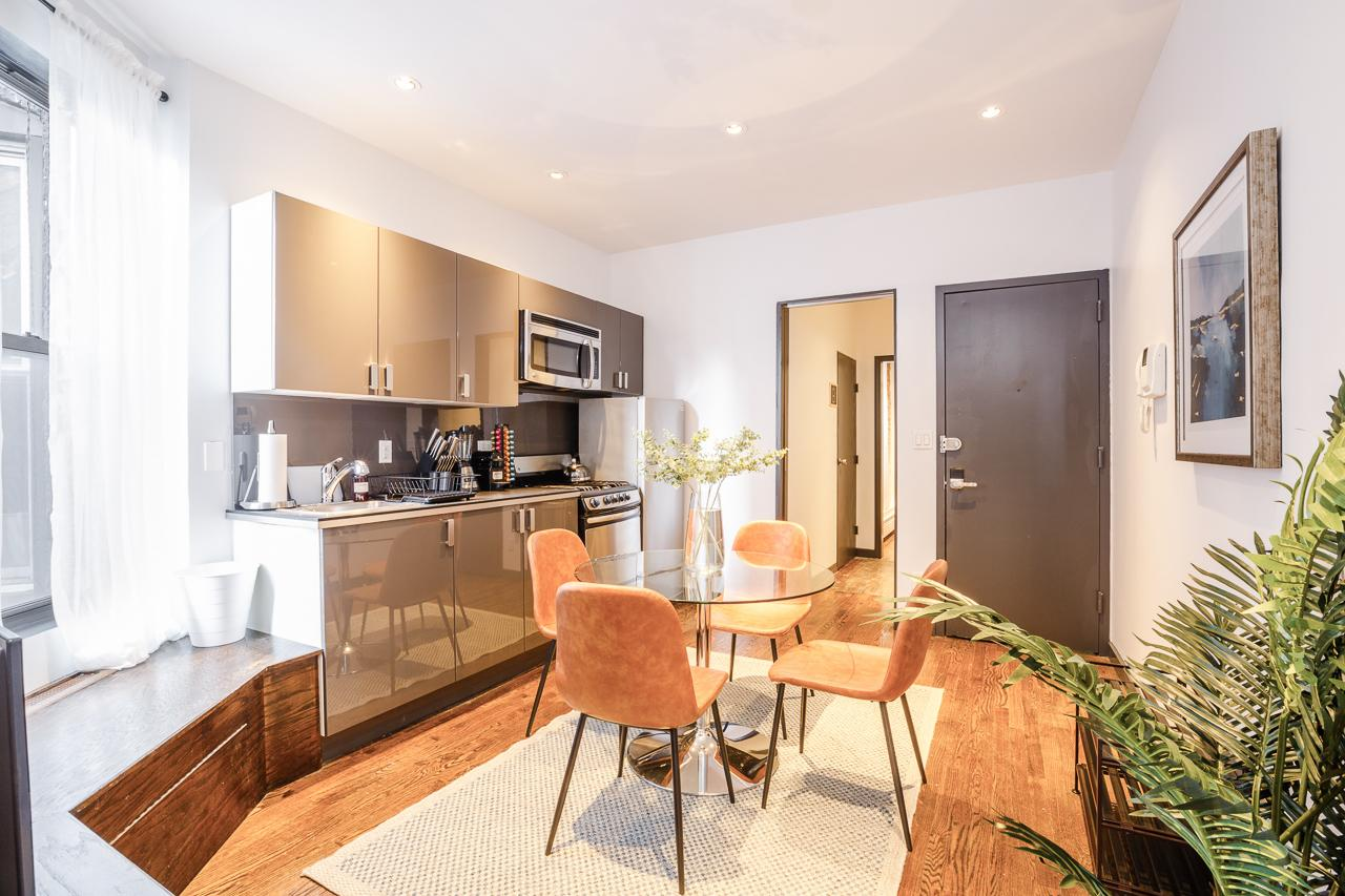 image 5 Furnished room to rent in Upper East Side, Manhattan 4 bedroom Apartment