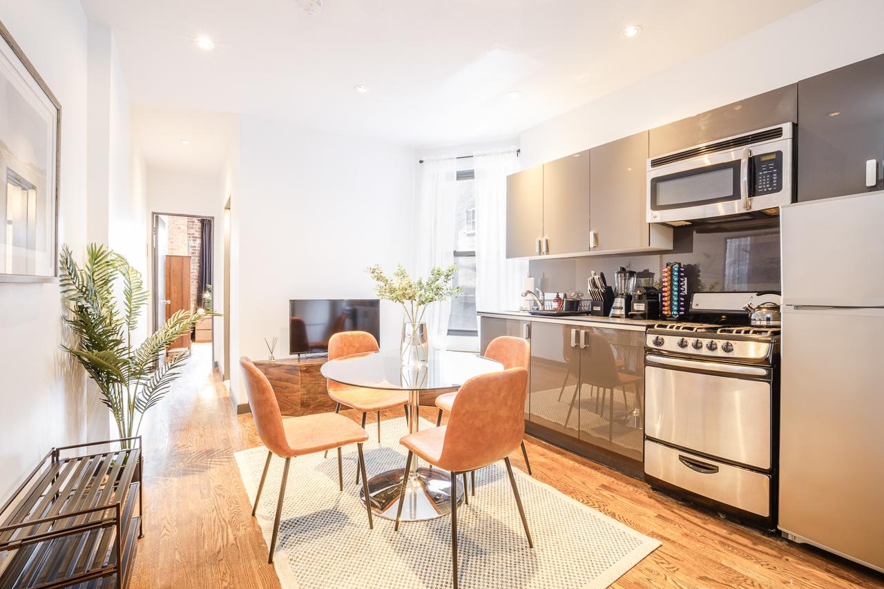 image 4 Furnished room to rent in Upper East Side, Manhattan 4 bedroom Apartment