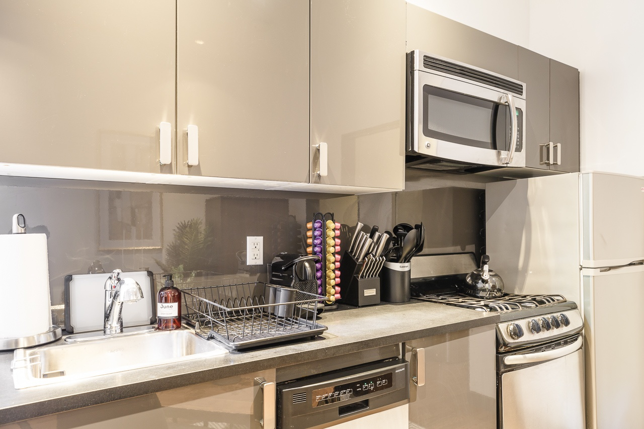 image 7 Furnished room to rent in Upper East Side, Manhattan 4 bedroom Apartment