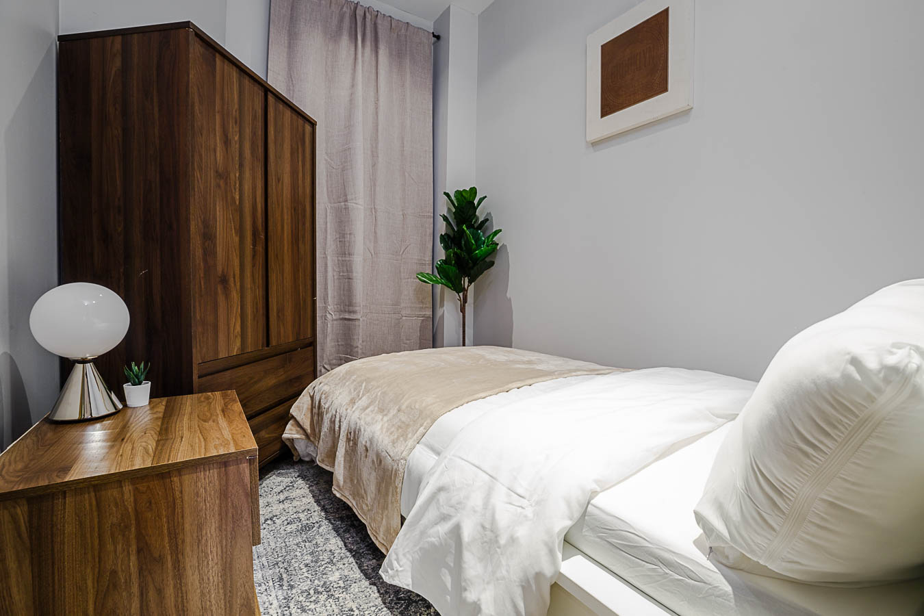 image 1 Furnished room to rent in Upper East Side, Manhattan 4 bedroom Apartment