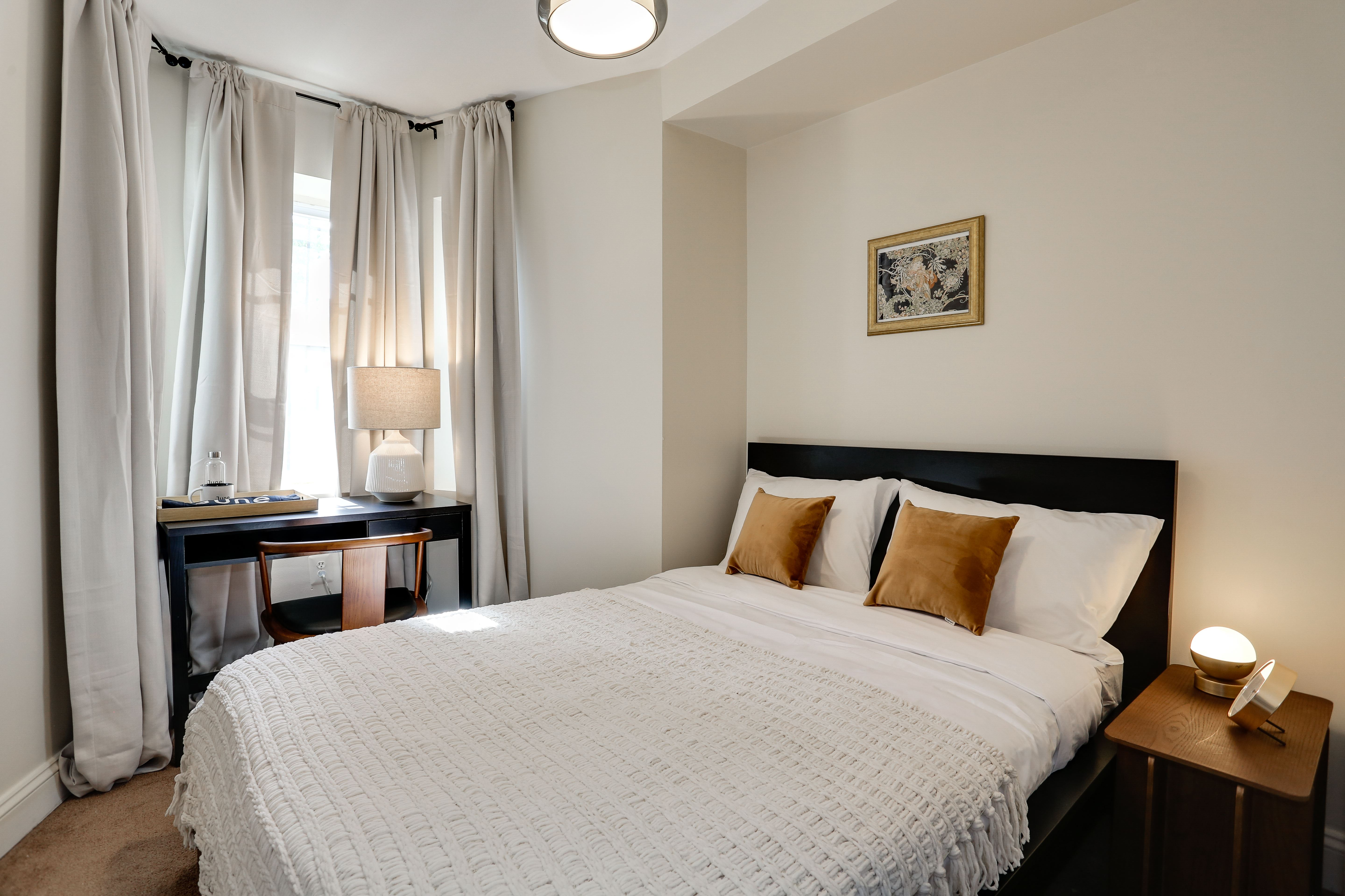 image 1 Furnished room to rent in Bloomingdale, DC Metro 4 bedroom Apartment