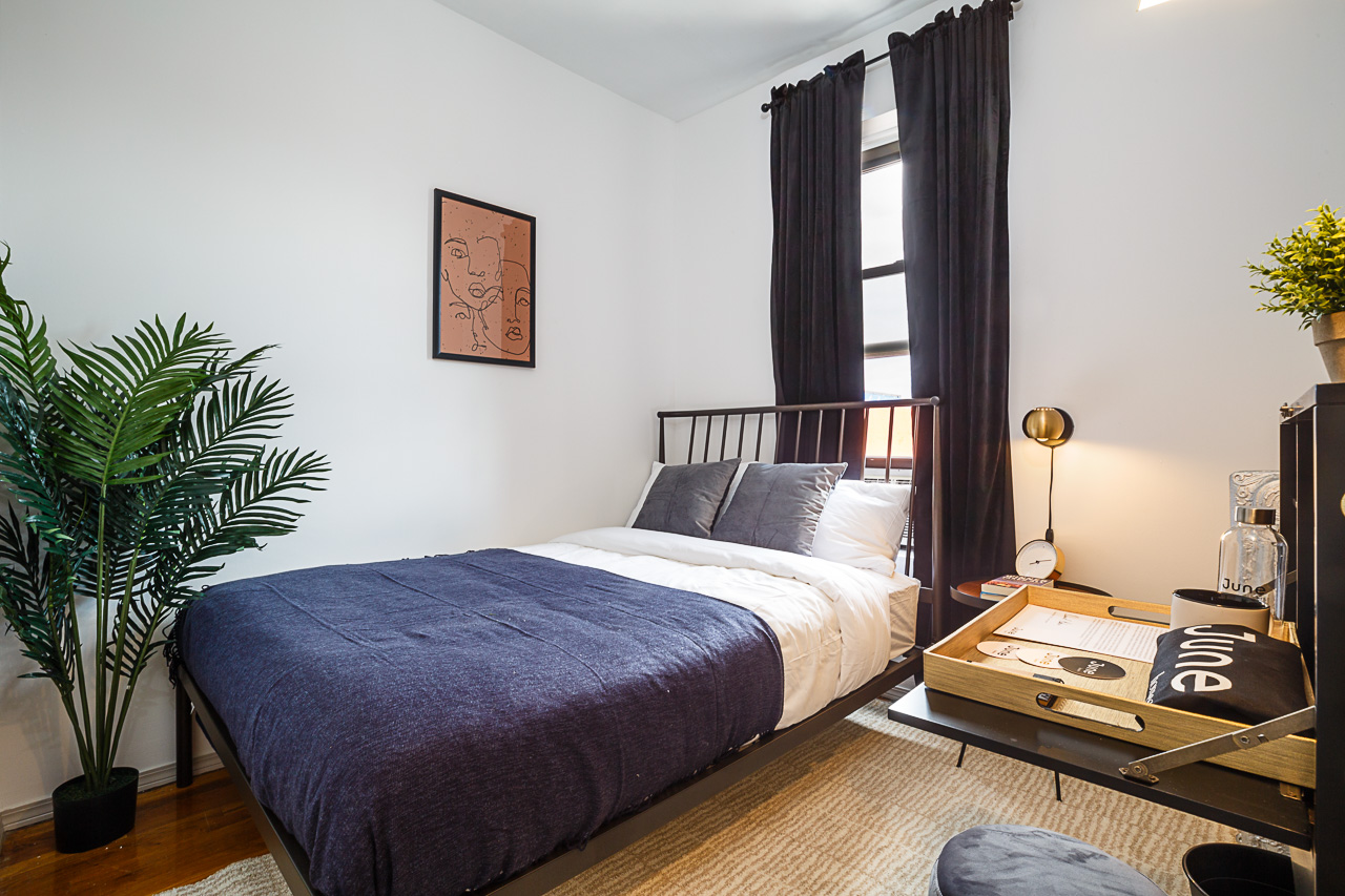 image 1 Furnished room to rent in Village-West, Manhattan 3 bedroom Apartment