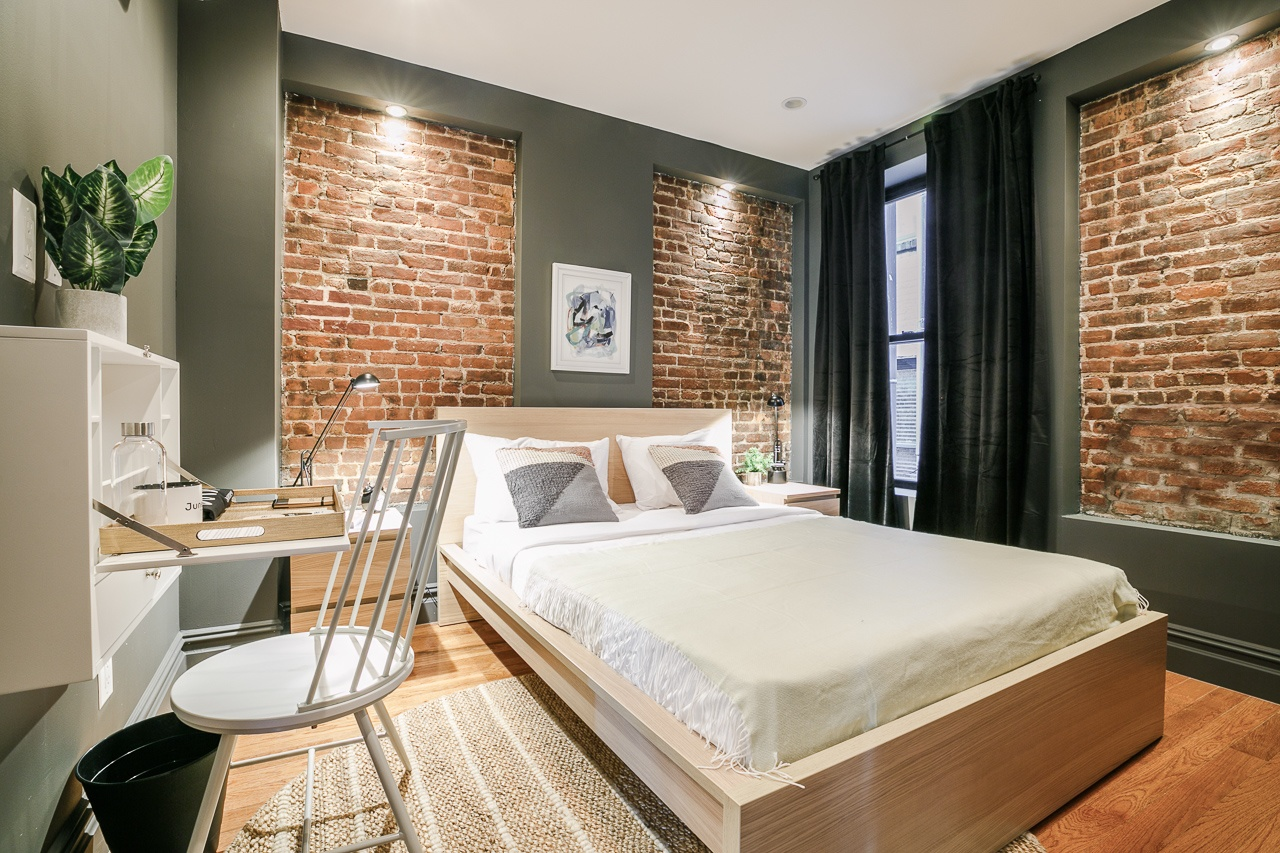 image 1 Furnished room to rent in Upper West Side, Manhattan 3 bedroom Apartment