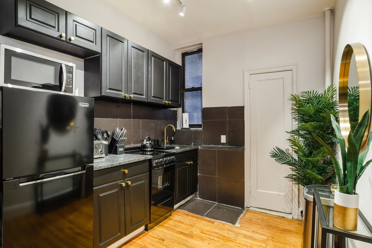 Photo 3 of #161: Upper East Side at June Homes