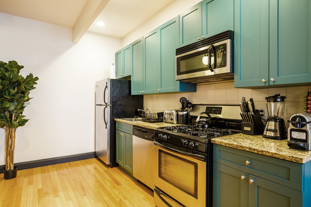 Photo 4 of #142: Hell's Kitchen at June Homes