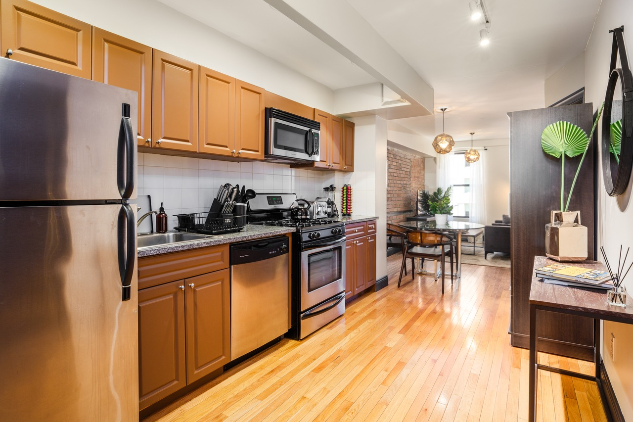 Photo 3 of #143: Hell's Kitchen at June Homes