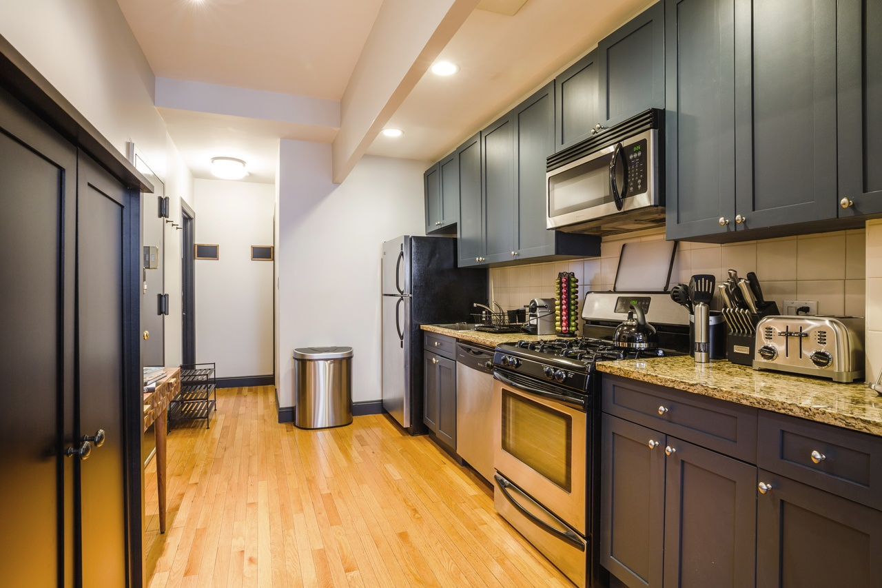 Photo 4 of #144: Hell's Kitchen at June Homes
