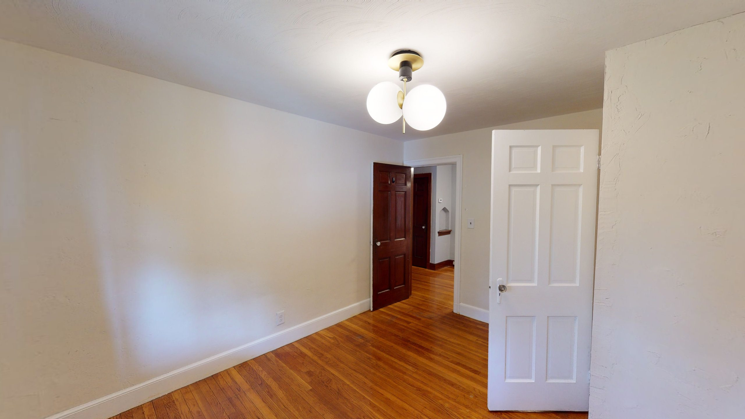 Photo of Full Room 1B (can be furnished or unfurnished) room June Homes